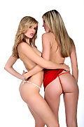 Bernadette & Nikky Case Daytona istripper model