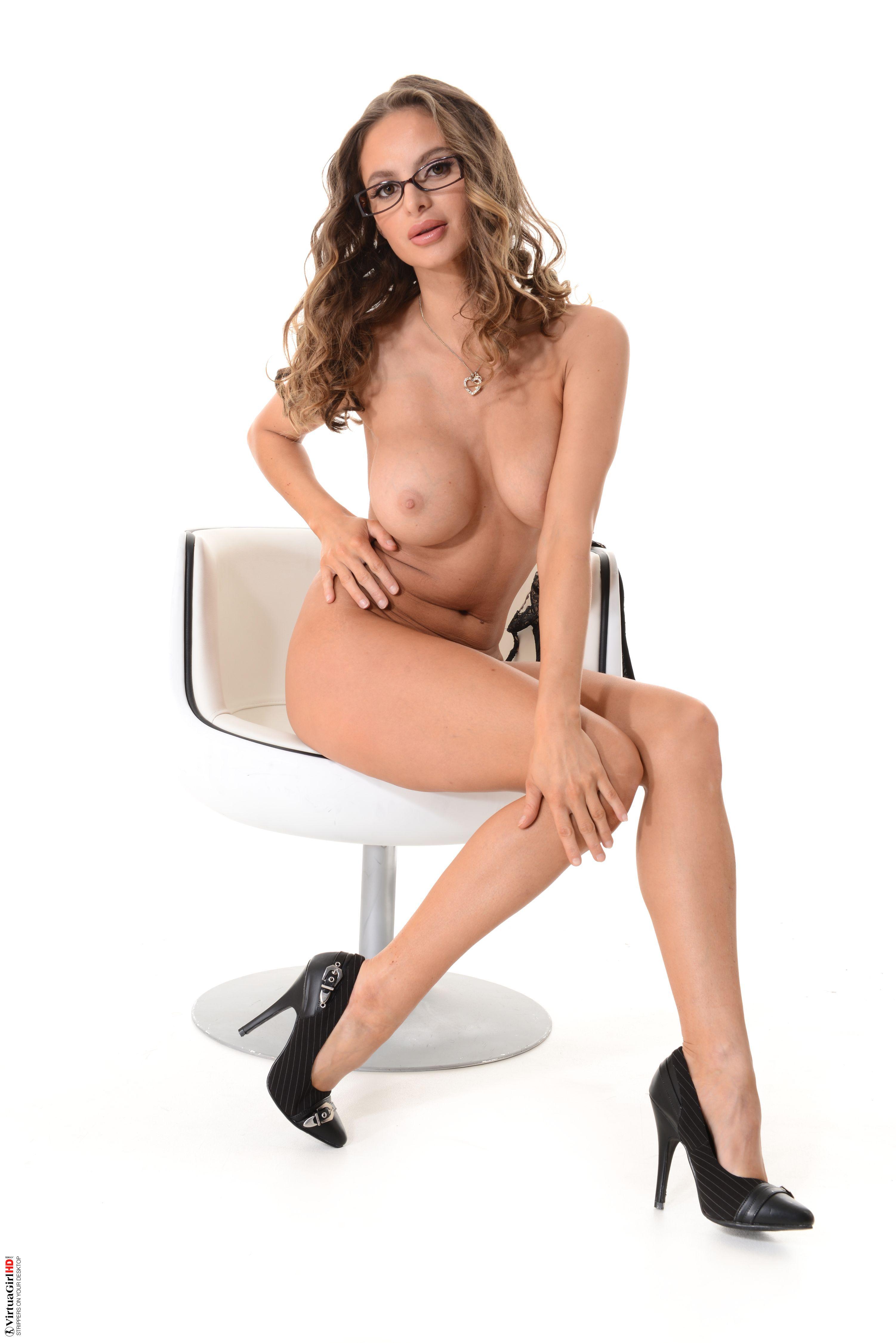 nudes wallpaper