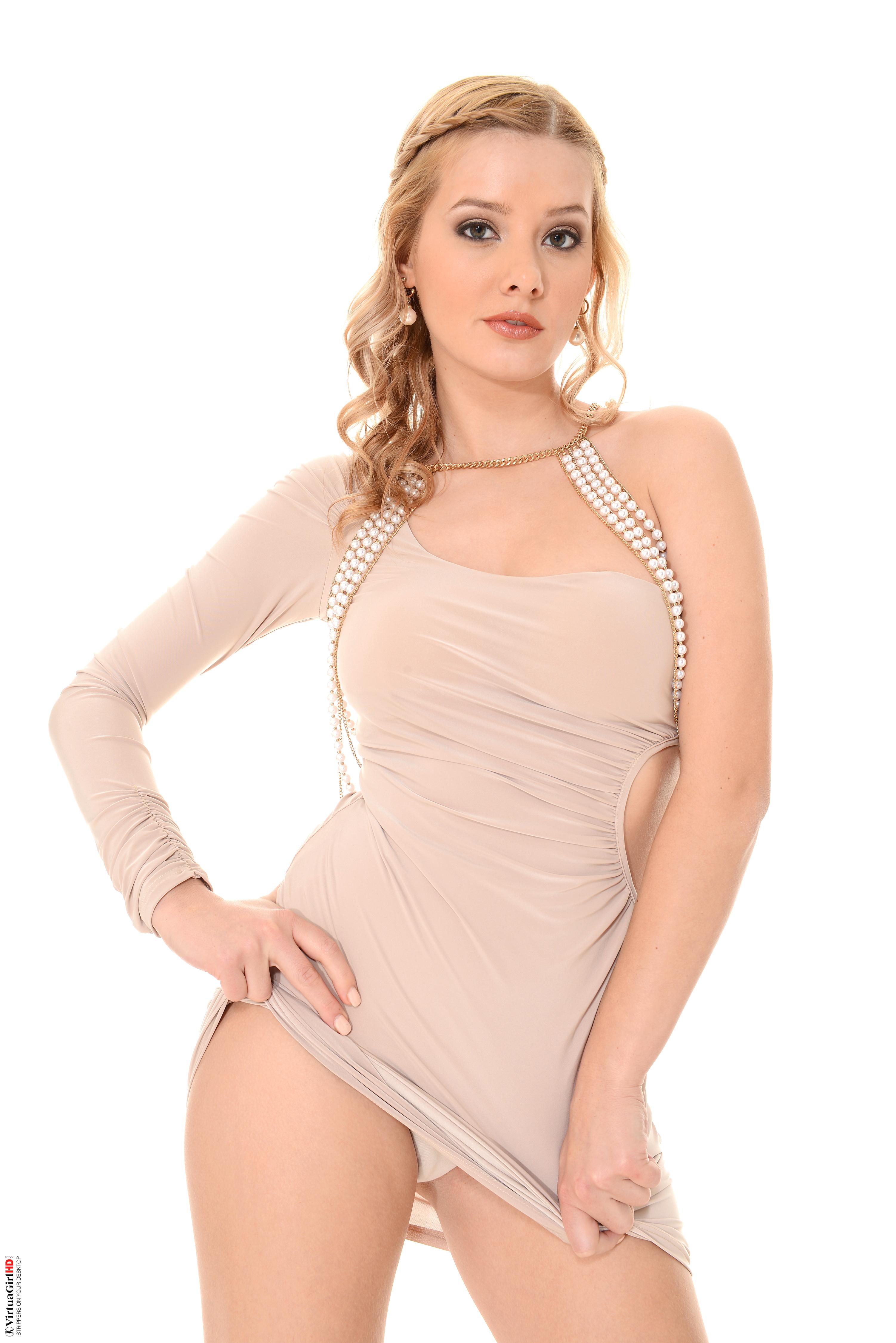 hot nude erotic women