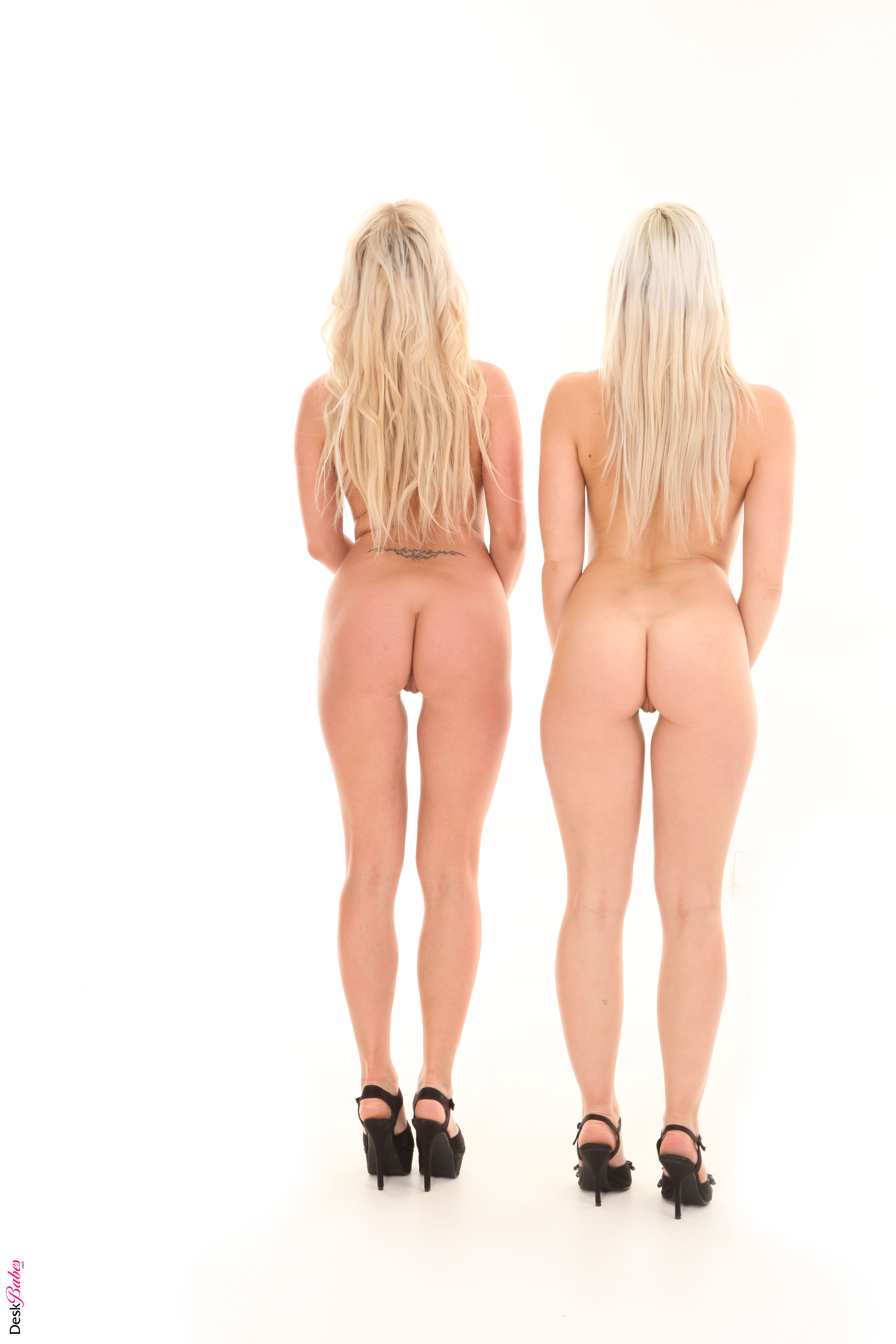 wallpaper of nude girl