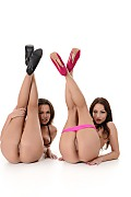 Sophie Lynx & Linet A Duo istripper model