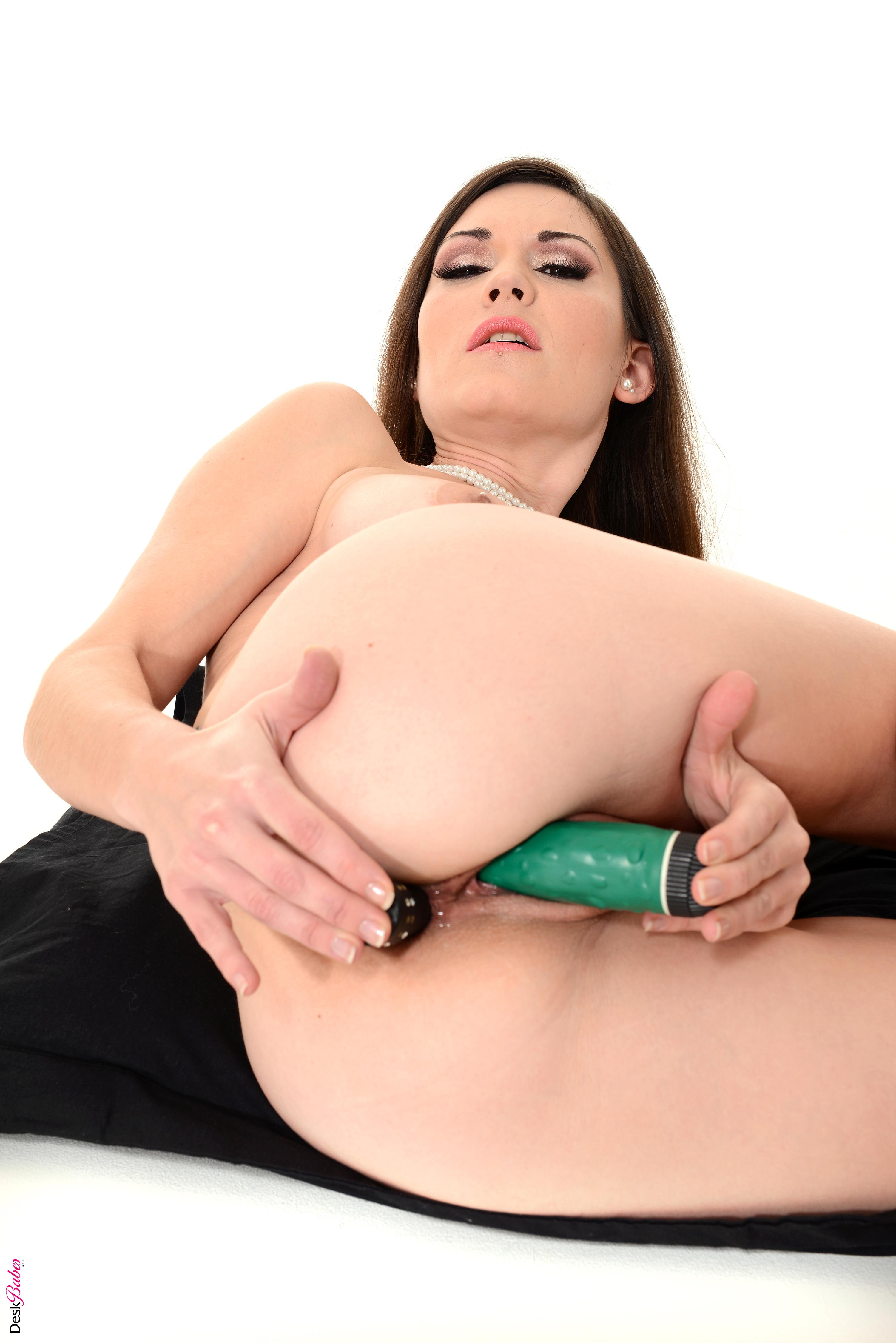 sexy boob wallpaper