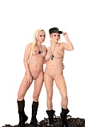 Viola & Naomi Nevena Duo istripper model